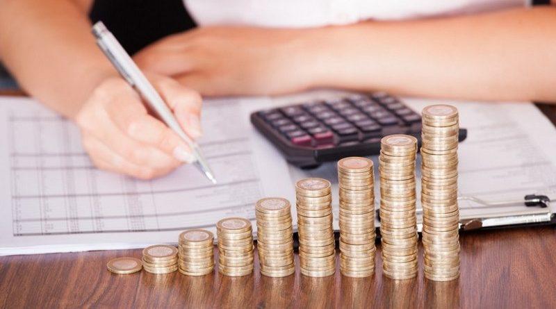 Минфин рассказал, какими будут зарплаты бюджетников и пенсии в 2020 году