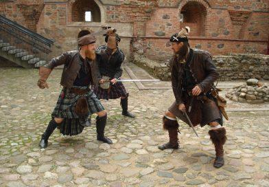 В Мирском замке начинается осенний сезон концертов Белгосфилармонии и выступление театра «Шотландская пехота»