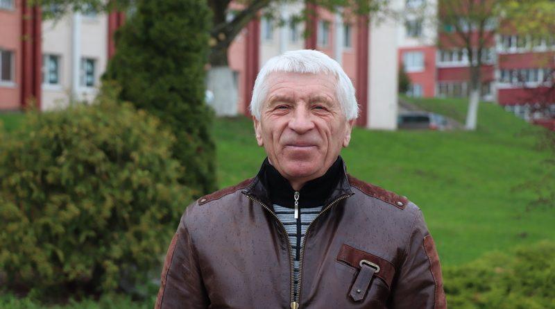 Михаил Бында больше 40 лет вдохновляет и тренирует спортсменов Кореличчины