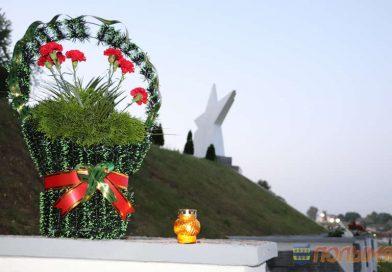 22 июня в 4 часа утра, в День памяти и скорби, у  мемориала «Звезда» в Кореличах  состоялся митинг, посвященный 80-й годовщине начала Великой Отечественной войны (+видео)