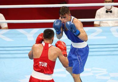 Боксер Александр Радионов одержал победу в стартовом бою олимпийского турнира