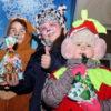Раз, два, три — ёлочка, гори! В Кореличах прошёл парад Дедов Морозов, на котором зажгли главную ёлку района (фоторепортаж)